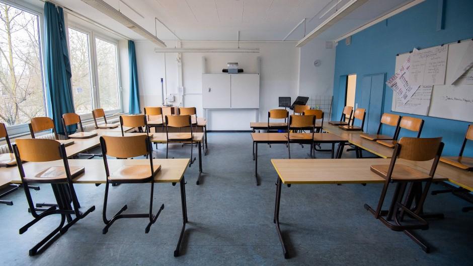Ein leeres Klassenzimmer in Hannover.
