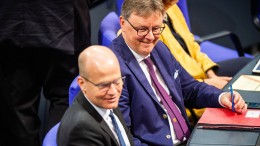 Union schlägt kürzere Bundestagsdebatten vor