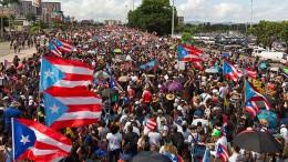Massenprotest gegen Gouverneur legt Hauptstadt lahm