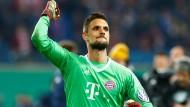 Sven Ulreich nach dem Sieg gegen RB Leipzig im DFB-Pokal
