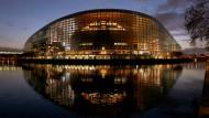 Mindestens ein Viertel der Mandate im Straßburger Parlament könnten die Europaskeptiker laut Umfragen erobern.