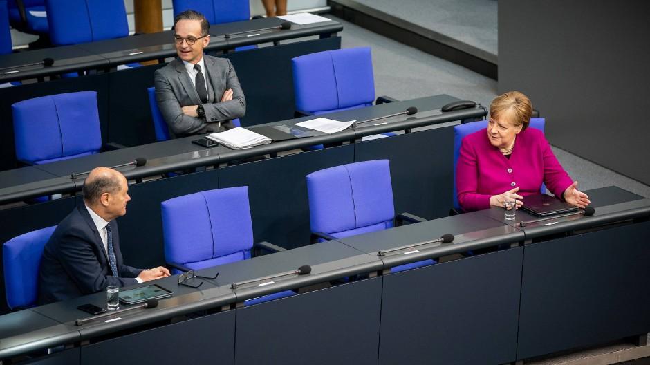 Scholz, Maas und Merkel Ende April im Bundestag
