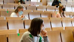 Die Corona-Kluft bei Studierenden