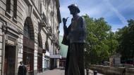 Standbild von Sherlock Holmes in der Londoner Baker Street
