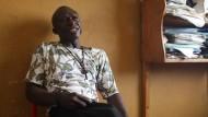 Kämpfer für Poliokranke: Raphael Camara in seinem Büro
