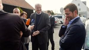 Seehofer bringt Guttenberg als Minister ins Spiel