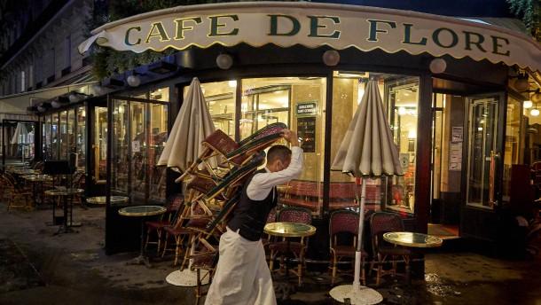Paris redet sich die Krise schön