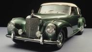 Der Stern weist den Weg. Das große Cabriolet aus der Nachkriegszeit, gern auch Adenauer-Mercedes genannt