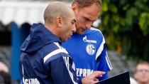 Zwei, die sich verstehen: Schalke-Kapitän Höwedes (r.) und Trainer di Matteo