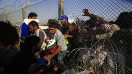 Tausende fliehen vor Kämpfen in Syrien