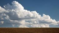 Aufgetürmt: Cumulus-Wolken über der Wetterau.