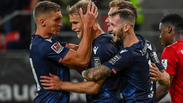 Union Berlin siegt 2:1 in Ingolstadt