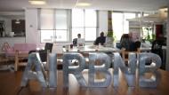 Frankreich, hier die Zentrale in Paris, ist nach den Vereinigten Staaten der zweitgrößte Markt für Airbnb.