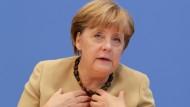 """""""Die Aufklärung läuft an etlichen Stellen nicht so, wie wir das für richtig halten"""", sagte Bundeskanzlerin Merkel am Montag"""