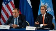Noch vor dem jüngsten Zerwürfnis: Russlands Außenminister, Sergej Lawrow, und der amerikanische Außenminister, John Kerry, vor der Presse in München, nachdem sie wenige Tage zuvor einen Friedensplan für Syrien vereinbart hatten.
