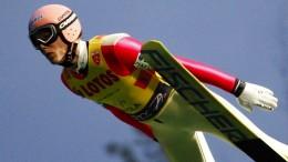 Skispringer Müller kann nach schwerem Unfall wieder laufen
