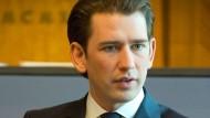Der neue österreichische Bundeskanzler Sebastian Kurz (ÖVP) im Kreisky-Zimmer am Wiener Ballhausplatz, dem Sitz des Bundeskanzlers