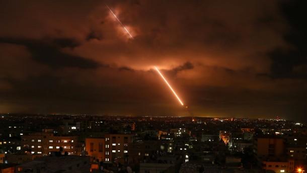 Maas reist in den Nahen Osten, Hamas spekuliert über Waffenruhe
