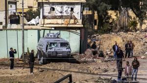 Polizei tötet sieben angebliche Terroristen