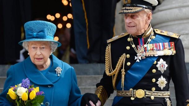 Auf einen Knicks mit der Queen