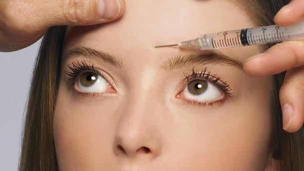 Warum sich immer mehr junge Leute Botox spritzen