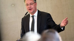 Groko wird SPD-Staatssekretär Adler neue Position geben