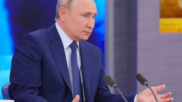 Flauschiges Unschuldslamm Russland?