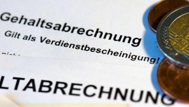 Lohnschere schließt sich besonders in Ostdeutschland