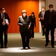 Michael Müller, Angela Merkel und Markus Söder (v.l.n.r) am Dienstagabend im Bundeskanzleramt.