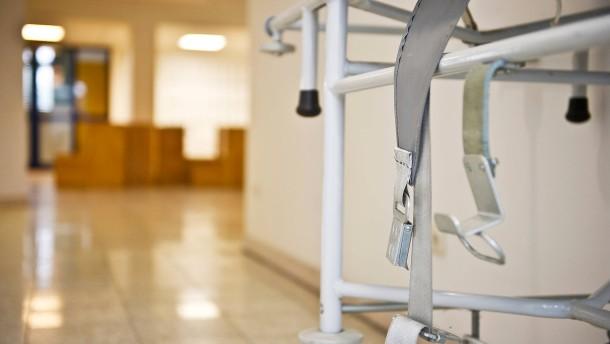 Psychiatrie-Patient stirbt Tage nach gewaltsamer Fixierung