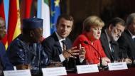 """Macron will eine Lösung des Flüchtlingsproblems zwischen Afrika und Europa """"erleichtern"""""""