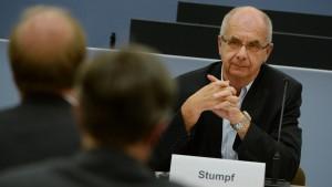 Früherer Polizeipräsident macht Mappus Vorwürfe