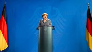 Führende Unionspolitiker kritisieren Kanzlerin Merkel