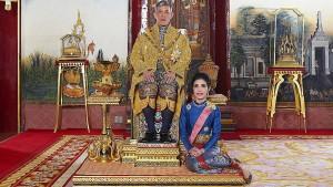 Thailands König verstößt Geliebte