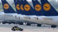 Lufthansa-Flugzeuge in Düsseldorf.