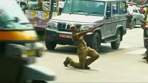 Tanzen gegen das Verkehrschaos