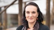 """""""Fleckenverlauf"""": Terézia Mora gibt Auskunft über die Herausforderungen an eine Schriftstellerin"""
