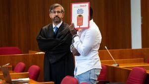 Jugendlicher zu zehn Jahren Haft verurteilt