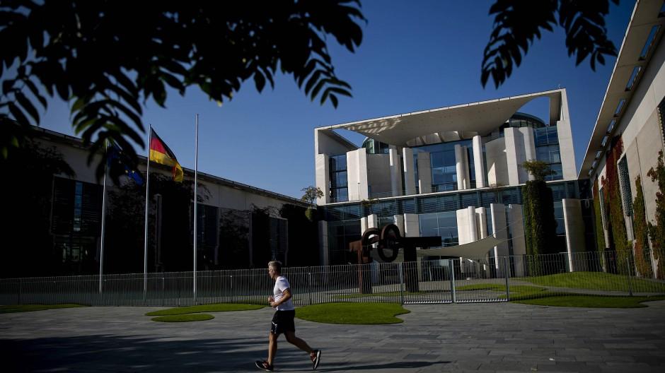 """Hier muss die Klimapolitik noch besser koordiniert werden – am besten mit einer neuen Abteilung """"Klimapolitik"""": das Kanzleramt in Berlin"""