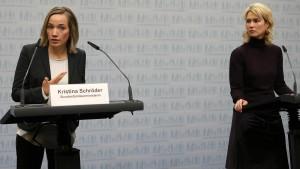 Bund will Familienhebammen unterstützen