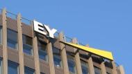 Logo von EY in Berlin