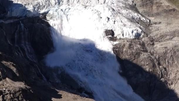 Schweizer Gletscher verliert große Mengen Eis