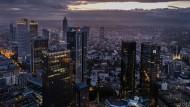Stellenmagnet: In Frankfurt arbeiten trotz der Krise der Banken derzeit 100.000 Menschen mehr als 2009