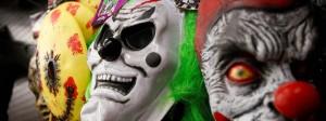 Maskierte Grusel-Clowns machen die deutschen Straßen unsicher.