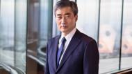 Hyung Song Shin im Baseler Hauptsitz der Bank für internationalen Zahlungsausgleich (BIZ). In der 1930 gegründeten BIZ sind alle großen Zentralbanken Mitglied.