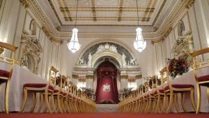 Buckingham Palace wird für mehr als 400 Millionen Euro renoviert