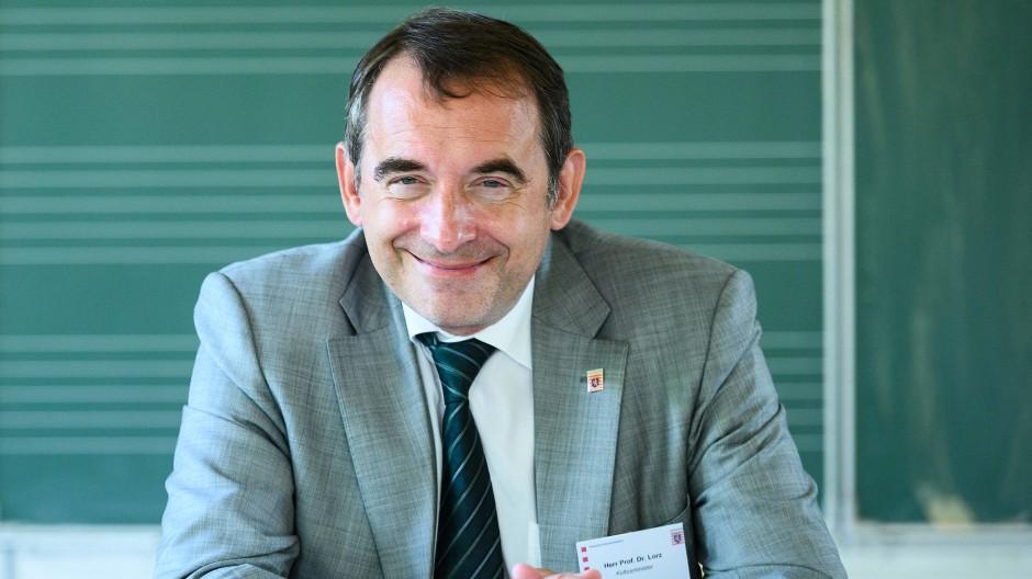 Setzt auf einen Mittelweg: Kultusminister Alexander Lorz