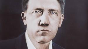 """Wenn der """"Führer"""" kein Bärtchen trägt"""