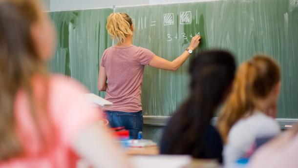 Jugendämter rechnen mit doppelt so vielen Schulabbrechern wie in normalen Jahren