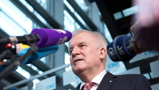 Seehofer für Stopp der EU-Beitrittsverhandlungen